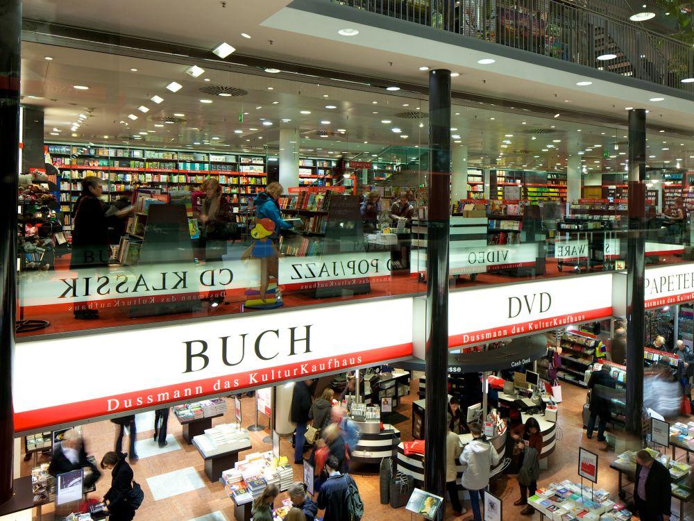 Seit Ende 2013 hat das Kulturkaufhaus Dussmann in Berlin seine Kassen-Lösungen modernisiert (Foto: Toshiba)