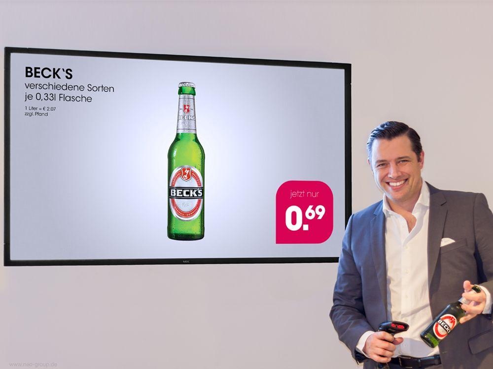 Sven Jacobi, Managing Partner der Neo Group, demonstriert das neue ScanSign (Bild: Neo Solutions)