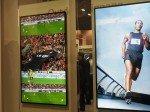 Zwei neue ShineOut-Displays am LG-Stand auf der ISE 2014 (Foto: TK/ invidis.de)