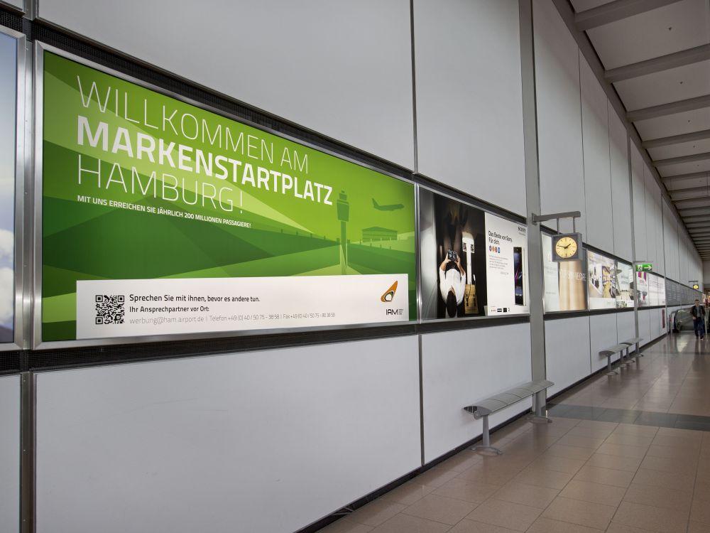 Airport-Eigenwerbung am Flughafen Hamburg (Foto: IAM)