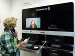 Videokasse in der Berliner Filiale (Foto: Commerzbank)