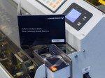 Direkt zum Mitnehmen: Kreditkarte to go (Foto: Commerzbank)
