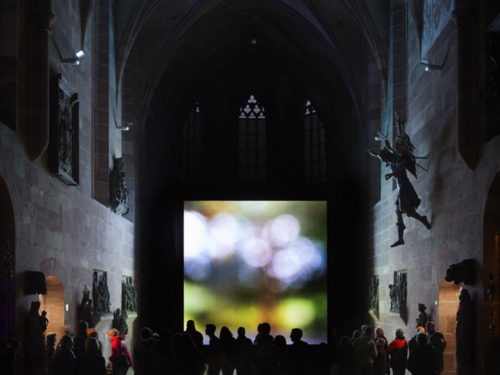 Blaue Nacht in Nürnberg - zum Einsatz kam auch eine 30 m² Video Wall (Foto: Screen Visions)
