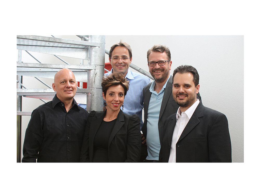 Habegger Italia bereitet sich auf die Expo vor (v.l.n.r.) : Peter Koley, Gerarda Cirulli (beide Habegger Italia), Simon Ackermann (VR Präsident), Christof Murer (CEO), Francesco Stendardo (Man. Dir., Habegger Italia)