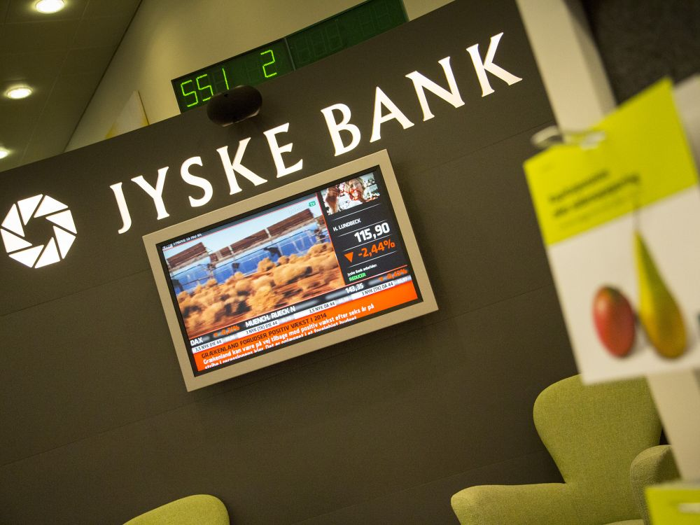 Filiale der Jyske Bank - Display im Innenraum (Foto: Jyske Bank)