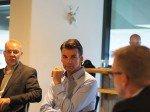 Branchenvertreter im gespräch (v.l.n.r.): Christian Kocholl, Daniel Gasser und Joachim Holtz (Foto: TK/ invidis.de)