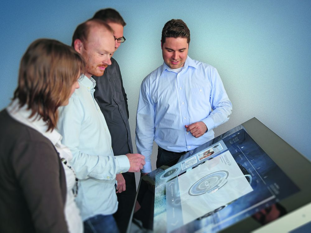 Wurde jetzt für den Designpreis nominiert: RMD Multitouch Tisch (Foto: HPM Kommunikation)