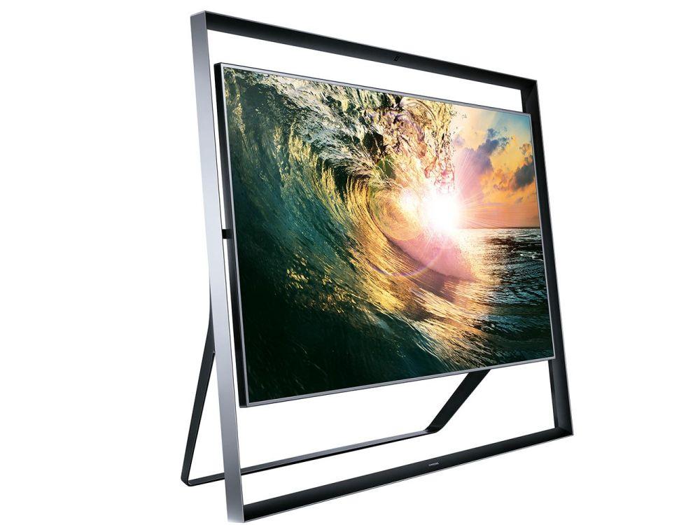 """Du kannst die Welle nicht anhalten - aber du kannst lerne, auf ihr zu surfen: Samsung UHD TV S9 in 110"""" (Foto: Samsung)"""
