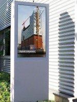 "Vangenhassend ""designage""-Outdoorstele (Foto: Vangenhassend)"