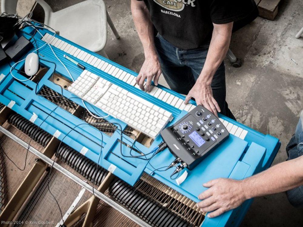 Fishey-Projekt für das 123-piano-Festival - Programmieren und Hacken (Foto: Kris Goubert)
