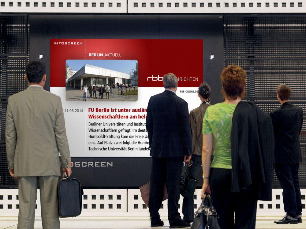 Berlin HBF: Infoscreen mit News vom RBB (Foto: Ströer)