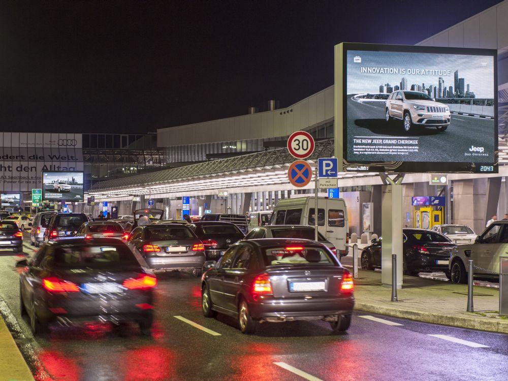 Airport Frankfurt Jeep LED Motion Drive (Foto: Media Frankfurt)