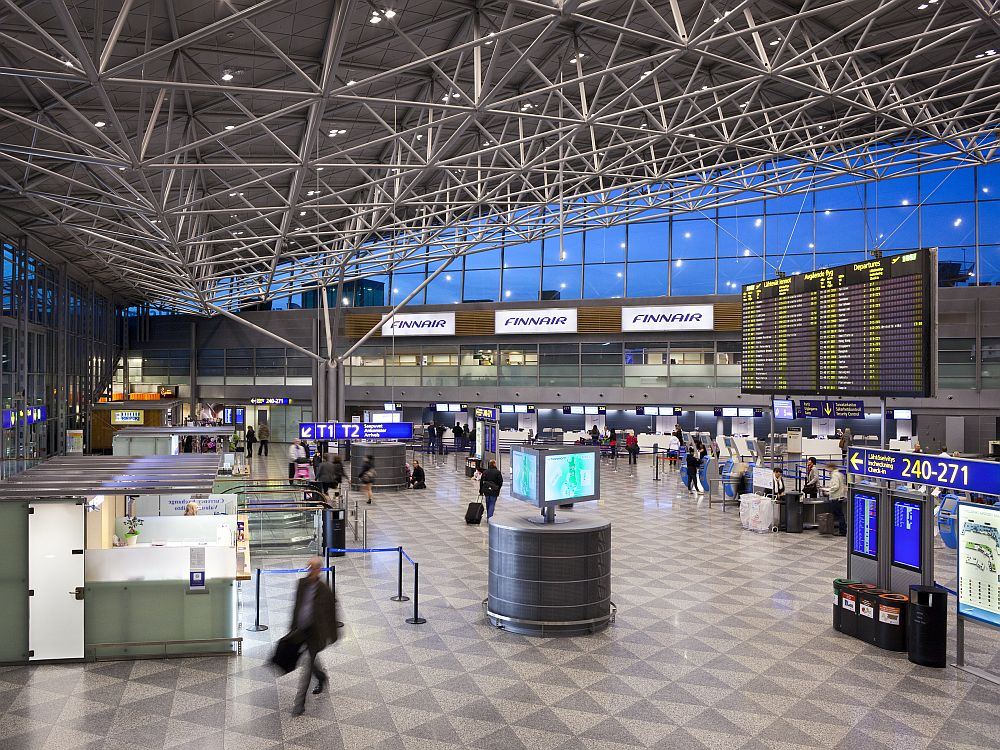 Check In-Bereich am Airport Helsinki (Foto: Finavia)