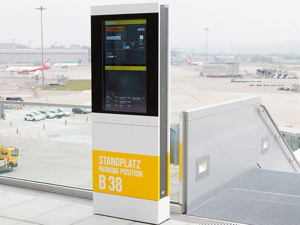 Invertag Outdoor-Stele am Airport (Foto: Invertag)
