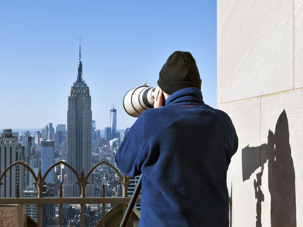 Lois Lammerhuber am 61. Stock des Rockefeller Centers New York (Foto: Martin Ackerl)