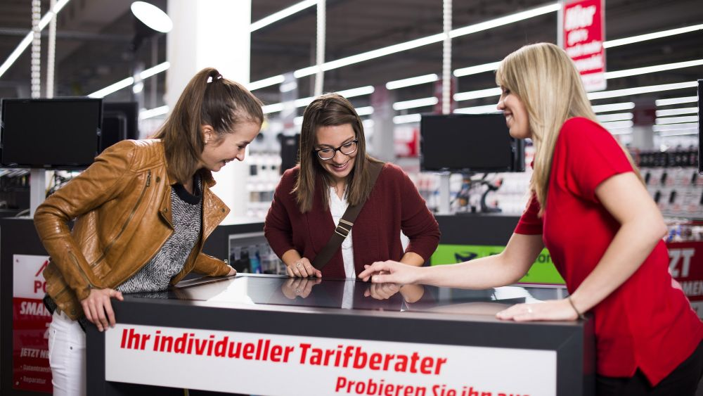Media Markt: interaktiver Touch-Tarifberater (Foto: Media Saturn)