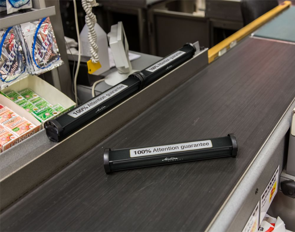 """Motion e-bar"": Bald ist der Checkout Divider am PoS im Einsatz (Foto: Motion Display)"