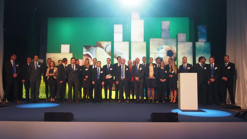 Die ganze Samsung-Mannschaft zu Beginn der Veranstaltung (Foto: invidis.de)