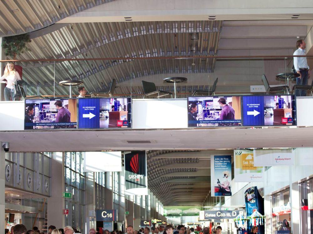 Hamburg Airport: neue Displays am Pier (Foto: Michael Penner/ Flughafen Hamburg)