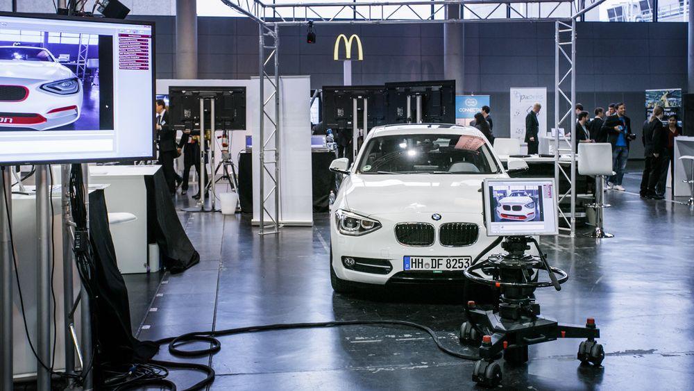 Wer einen BMW i8 erkunden will, ist auf der InsideAR 2014 ebenfalls richtig (Foto: Metaio)