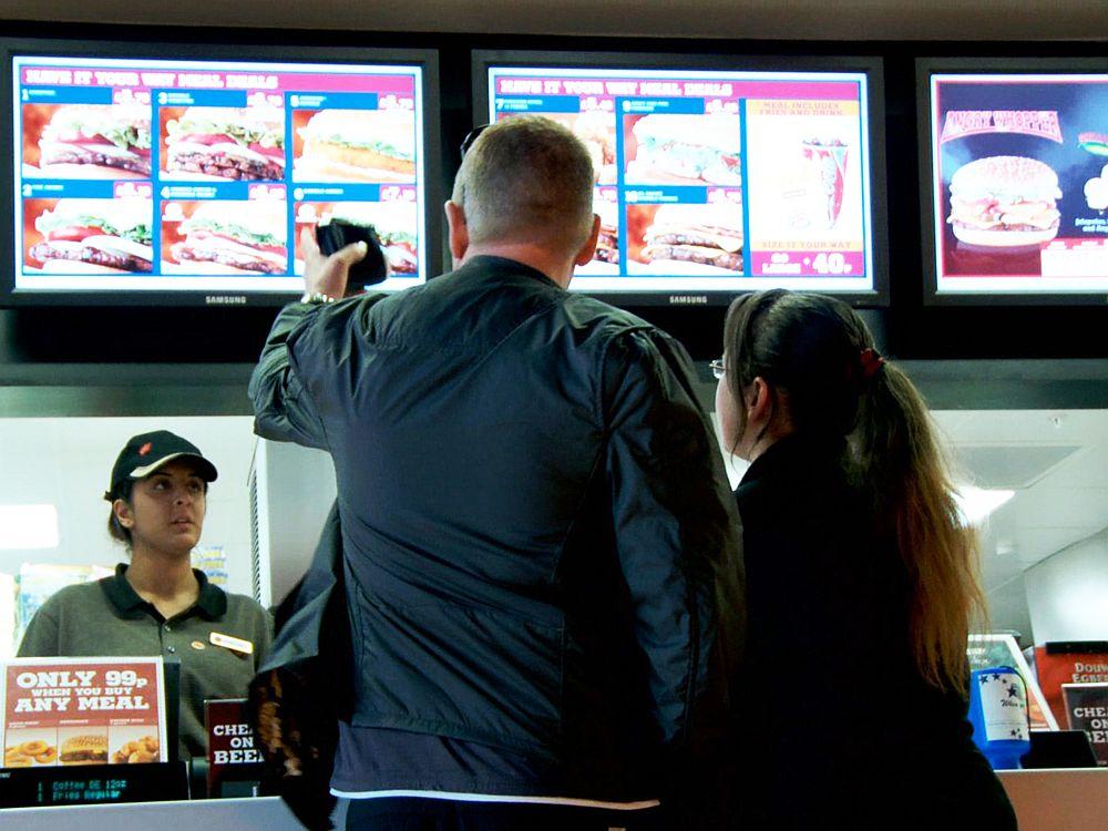 Digital Menue Boards im Einsatz bei Burger King (Foto: Scala)