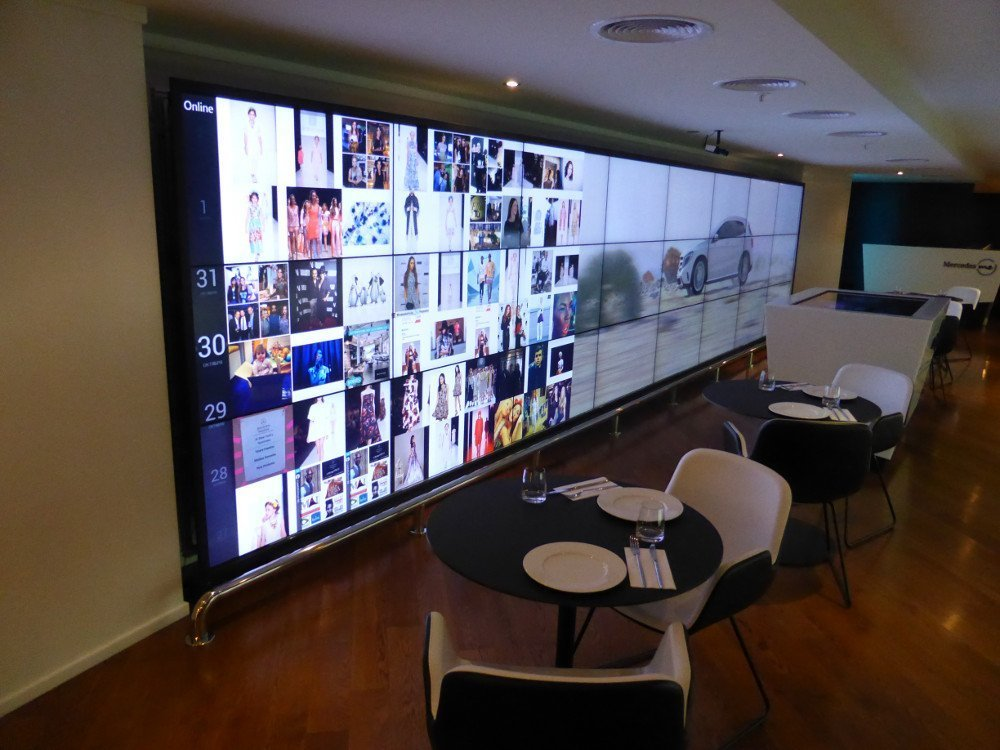 8x3 Media Wall with social media and mercedes branding content (Photo: invidis)
