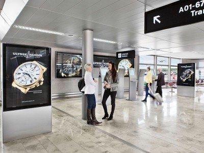 Besonders wirksam: moderne Werbemedien am Airport (Foto: Flughafen Zürich)