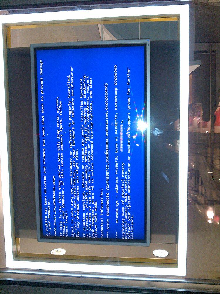 Gefahr für die Gesundheit: Blue Screen of Death im Portrait Mode (Foto: invidis.de)