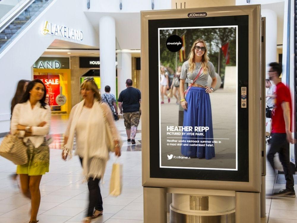 Inhalte auf einem Screen in einer Shopping Mall (Foto: JCDecaux UK)