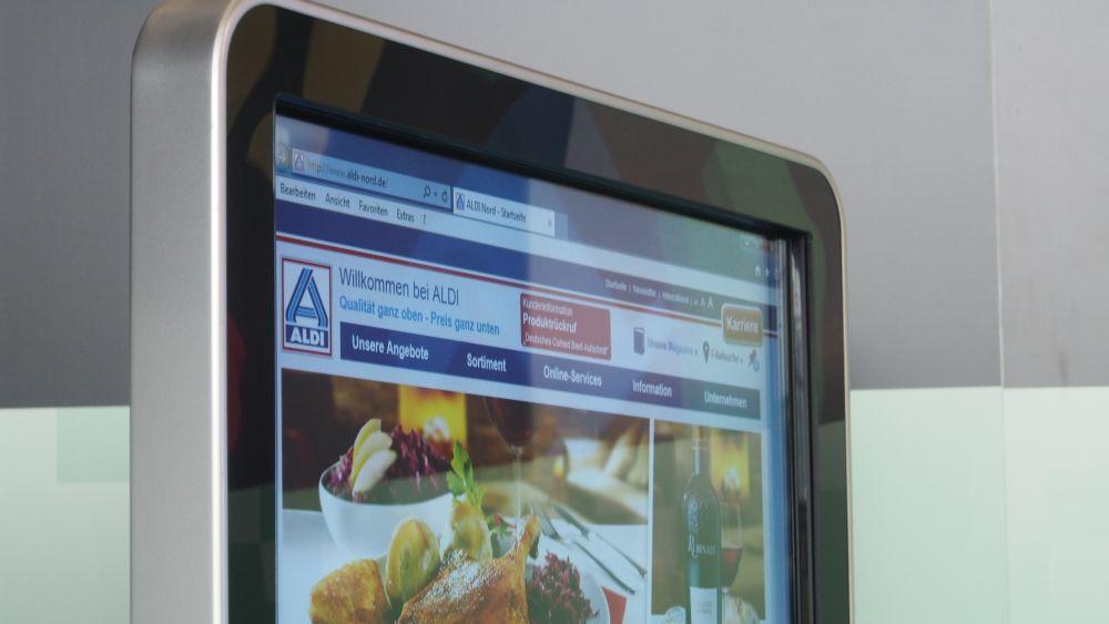 Menden zeigte dieses Digital Signage-System (Foto: invidis.de)