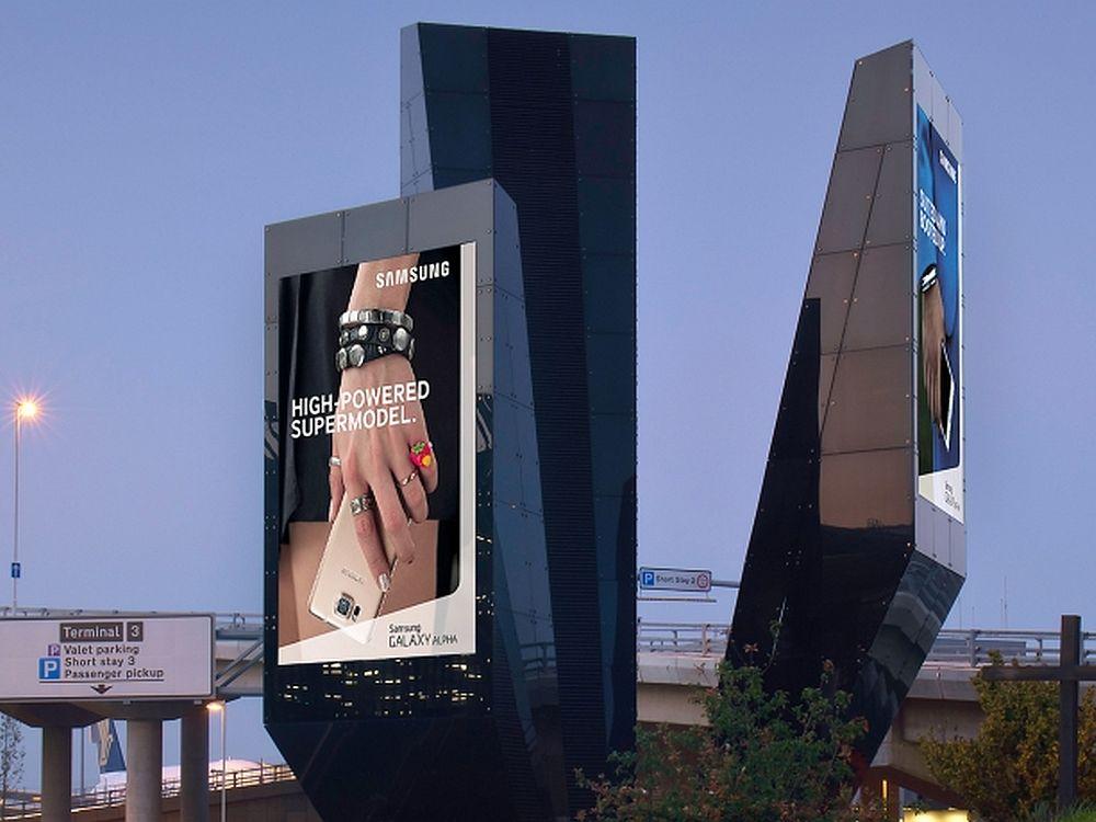 Samsung wirbt auf dem T2 GrandView (Foto: JCDecaux UK)