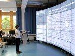 Die 72 Megapixel Video Wall im Einsatz für die Forschung (Foto: Eyevis)