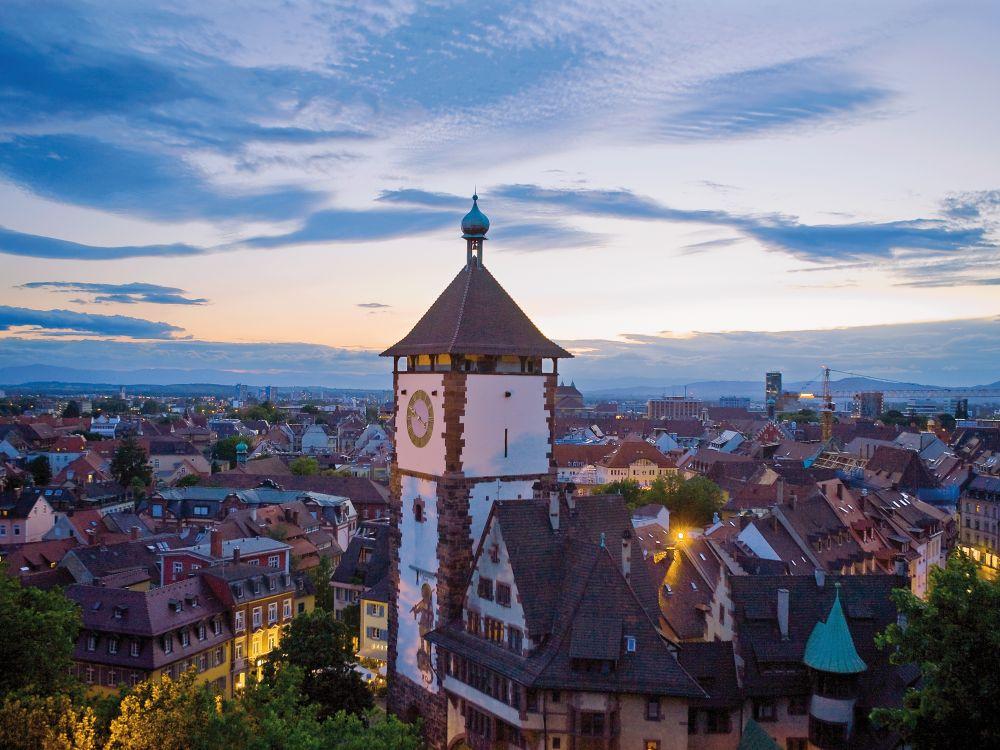 Schwabentor in Freiburg (Foto: Freiburg Wirtschaft Touristik und Messe GmbH & Co. KG/ Raach)