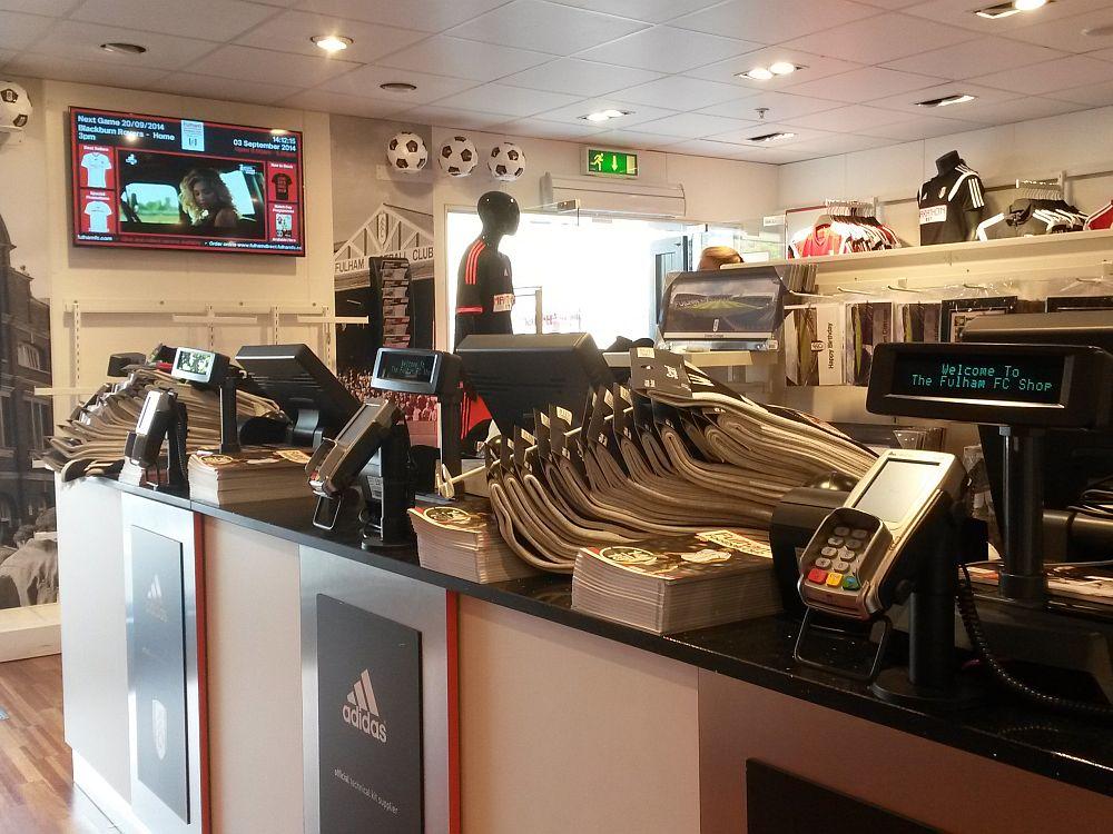 Im Shop des Fulham Football Club (Foto: Onelan)