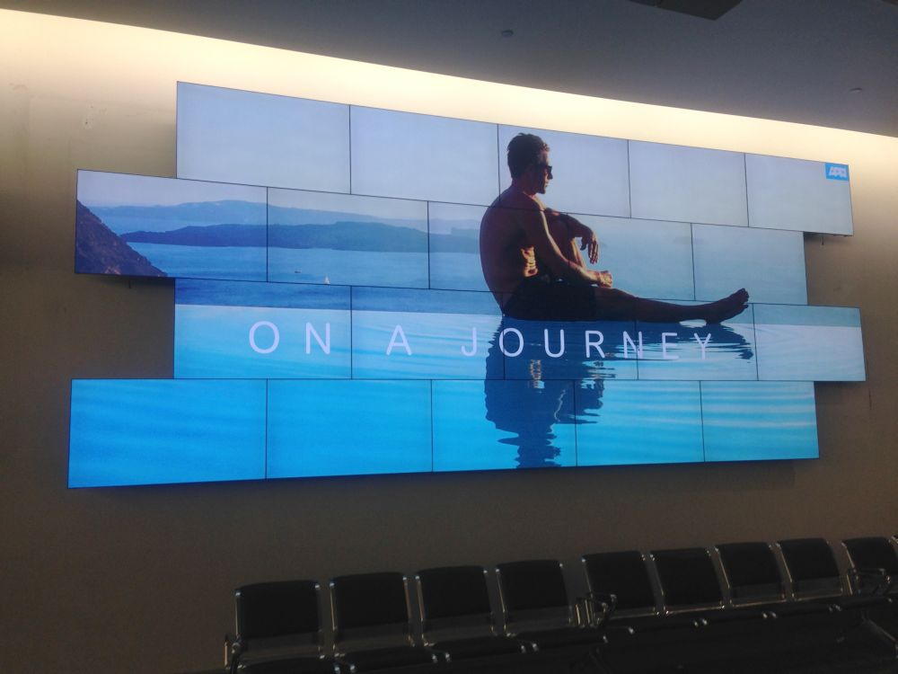 Video Wall am Airport Auckland (Foto: Aerva)