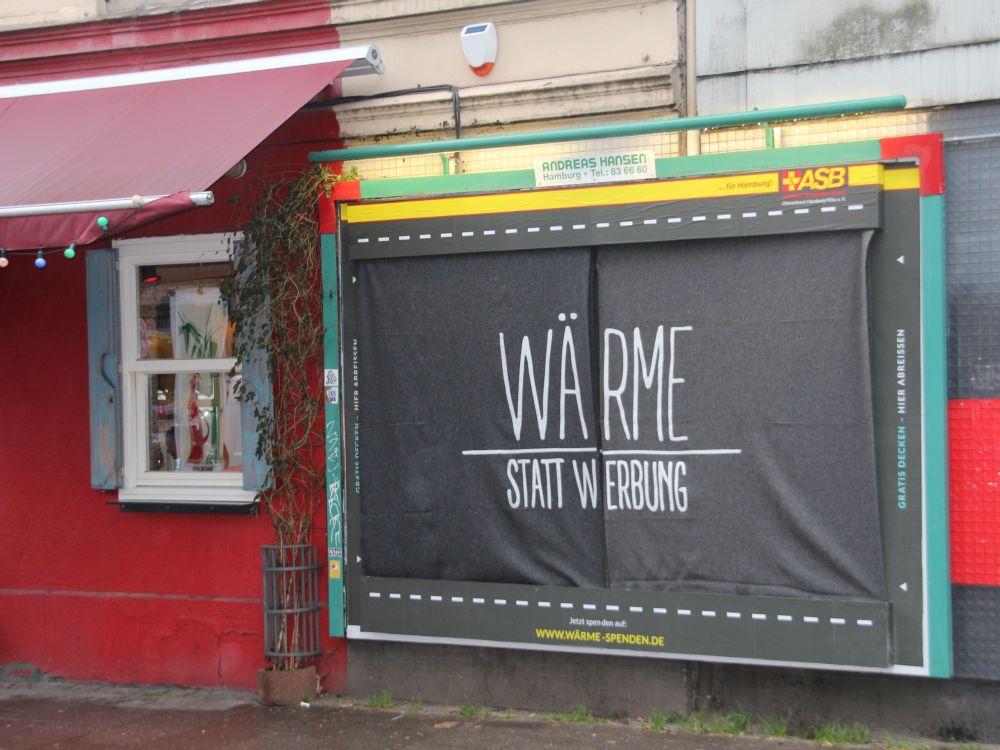 Decke für Wohnungslose: Wärme statt Werbung (Foto: Publicis Pixelpark)