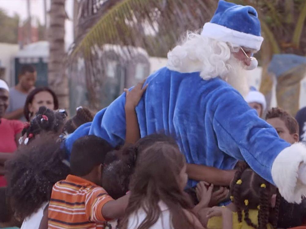 Der Westjet-Weihnachtsmann 2014 (Screenshot: invidis.de)