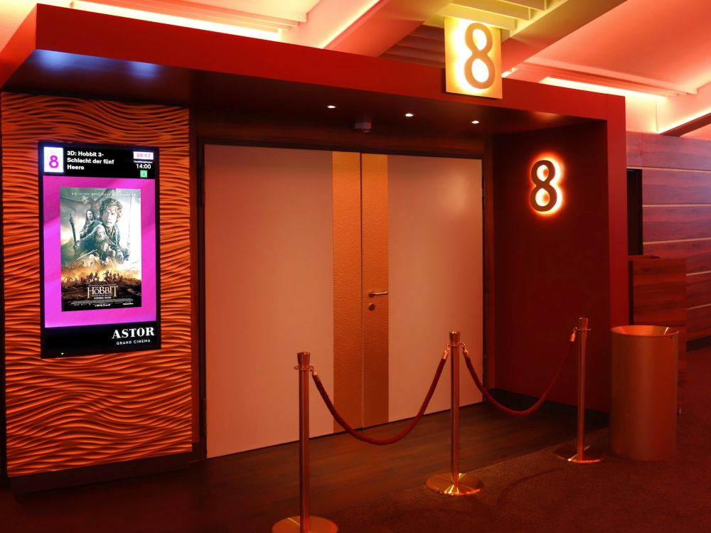 Astor Grand Cinema: Saaleingang (Foto: Neo Group)