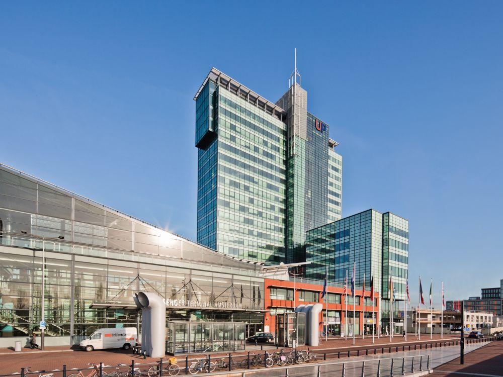 Zumtobel zieht unters Dach: Hochhaus UP in Amsterdam (Foto: Zumtobel)