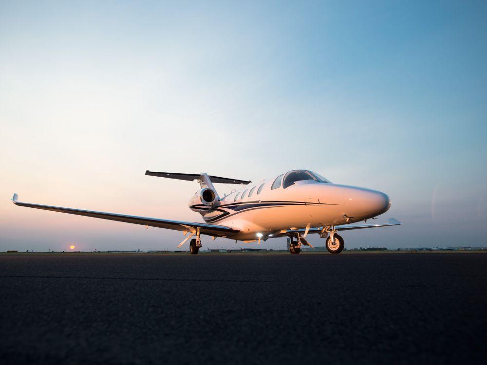 Business-Jet Cessna Citation M2 auf einer Landebahn (Foto: Cessna Aircraft Company)