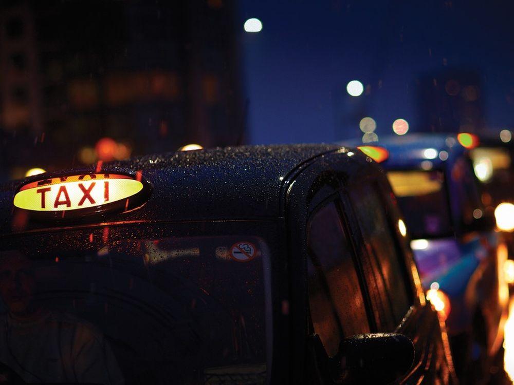 Londoner Taxen, Londoner Regen (Foto: The London Taxi Corporation Limited)