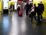 Mailänder U-Bahnstation während der Kampagne für Sky Italy (Foto: DOOH.IT)