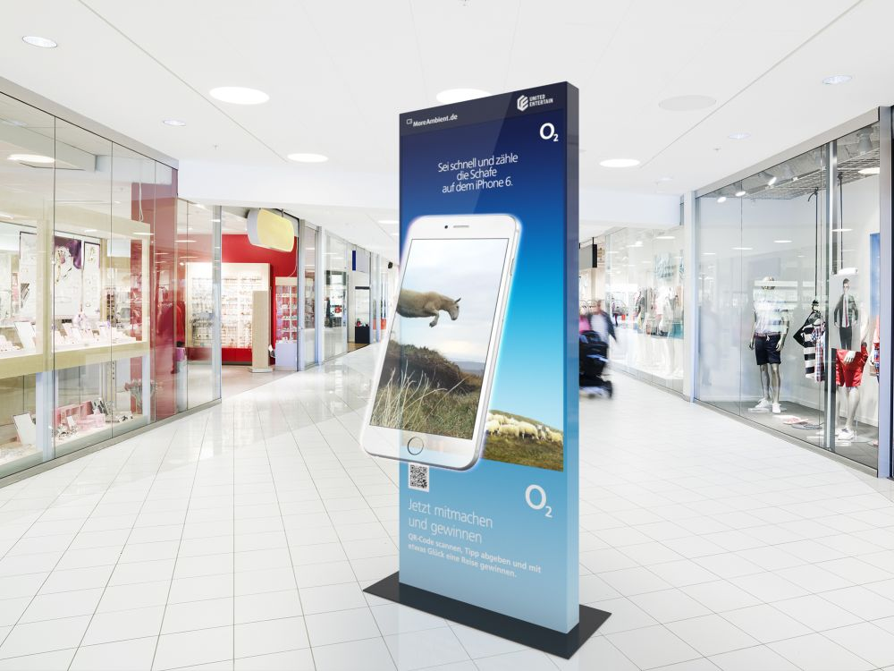O2-Kampagne auf einer United Entertain 3D-UHD-Stele (Foto: More Ambient Media)