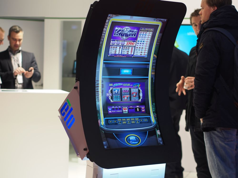 ISE 2015: IntelliTouch Curve von Elo Touch Solutions (Foto: invidis)