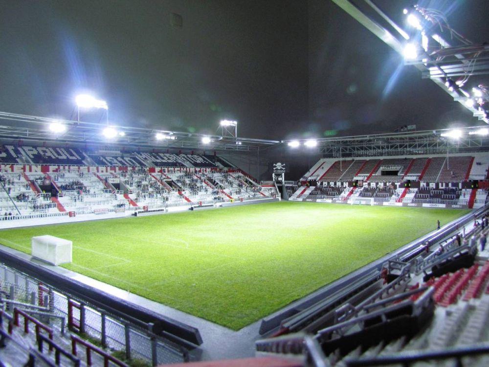 Modell des Millerntor-Stadions im Maßstab 1:100 (Foto: Stadionmodellbau Tribian)