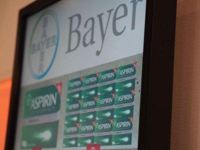 Touch-Display von iiyama, das derzeit oft in deutschen Apotheken installiert wird (Foto: invidis)