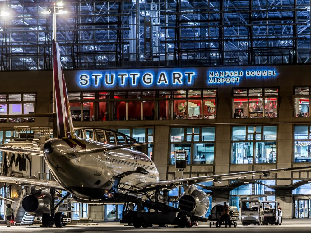 Der AMA wird gewartet - Terminal 1 am Airport Stuttgart (Foto: Flughafen Stuttgart)