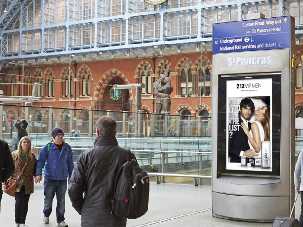 DooH in UK: Digitale Werbeträger in St. Pancras Station (Foto: JCDecaux)