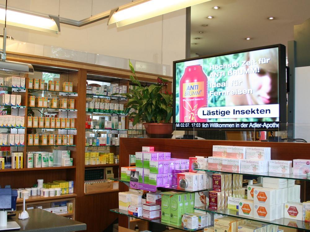 Gesundheits-TV in Österreich: Screen in einer Apotheke (Foto: y-doc)