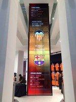 Video Wall im Valencia-Fanshop (Foto: TMT Factory)
